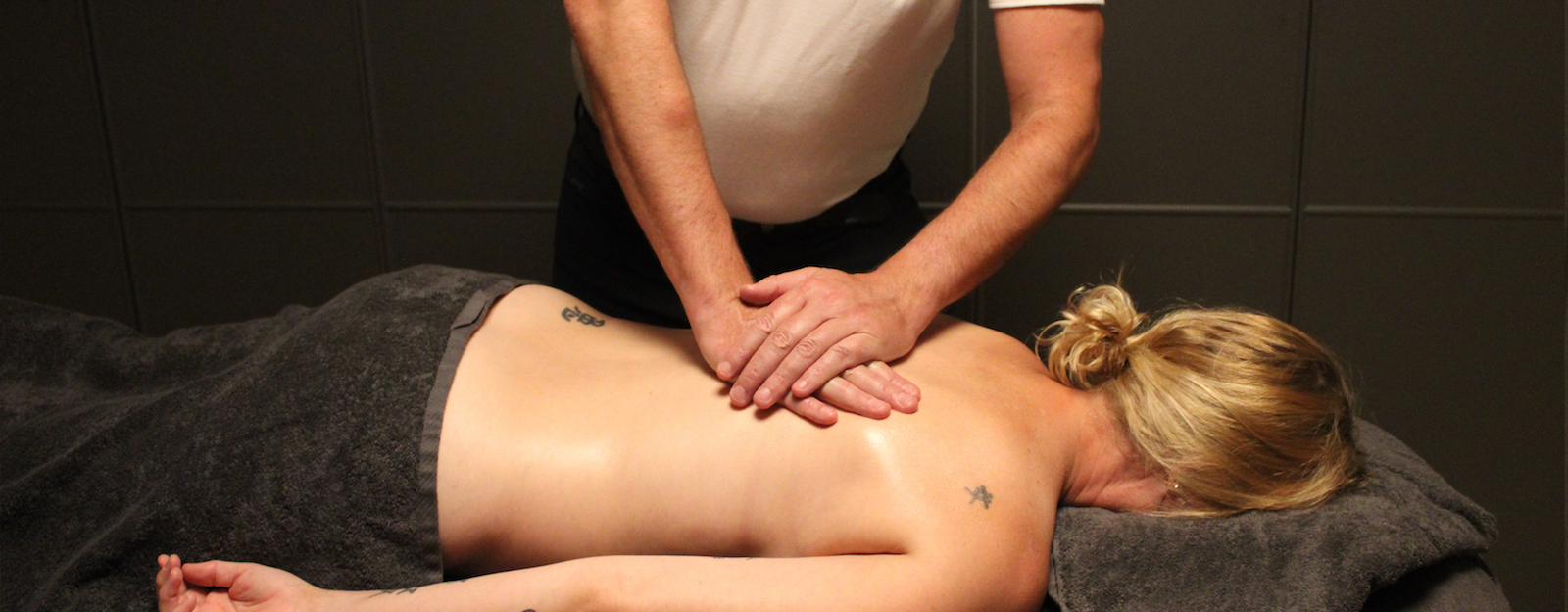Kom tot volledige ontspanning en innerlijke rust met een anti-stress massage.