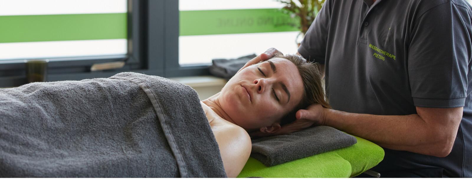 Even een moment geheel voor jezelf. Kies voor een full body ontspanningsmassage.